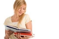 Lectura de la mujer Imagen de archivo libre de regalías