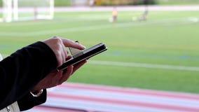 Lectura del mensaje de teléfono móvil almacen de video