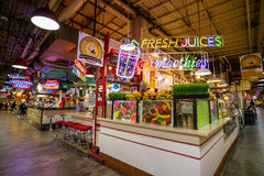 Lectura del mercado terminal foto de archivo libre de regalías
