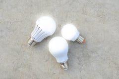LED-Birnen mit Beleuchtung Stockbilder