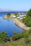 Ledaig punkt, den Lismore ön och ön av funderar Royaltyfri Fotografi