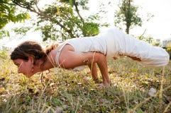 Ledar- kvinnlig Yoga Arkivbild