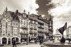 Ledare: 16th April 2017: Bryssel Belgien gammal arkitektur Arkivfoton
