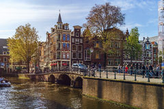 Ledare: 7th Maj 2017: Amsterdam Holland: Solig dag för vår in Fotografering för Bildbyråer