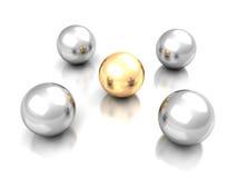 Ledarskapbegrepp med den guld- ledaren Sphere Arkivbilder