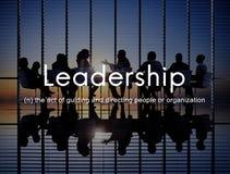 Ledarskapledning som vägleder servicefullständighetsbegrepp royaltyfria bilder