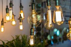 Ledd glödtrådmajskolvlampa Arkivbilder