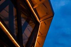 Ledd ljus byggnad Arkivbild