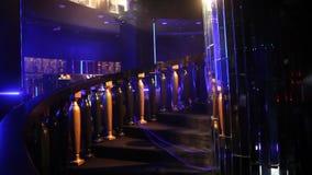 Ledd ljus garnering i baren lager videofilmer