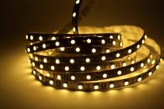 LEDD lysrörsbelysning royaltyfria foton