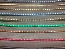 Ledde olika färger för lysrörsbelysningprövkopior arkivbilder