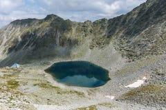 Ledenoto & x28; Ice& x29; Озеро от пика Musala, горы Rila стоковая фотография rf