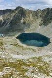 Ledenoto & x28; Ice& x29; Озеро от пика Musala, горы Rila Стоковые Фото