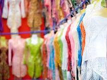 Ledenpoppen die mooie traditionele '' Kebaya dragen stock foto's