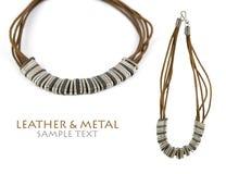 Leder-u. Metallhalskette Lizenzfreie Stockfotos
