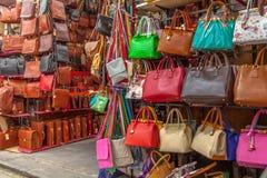 Lederhandtasche-Hintergrund Stockfoto