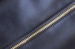 Lederimitat mit Eisen machen lang schwarze Farbe Reißverschluss zu lizenzfreie stockfotografie