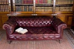 Lederne Couch Lizenzfreies Stockfoto
