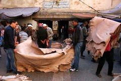 Lederner Markt Fez Marokko stockfoto