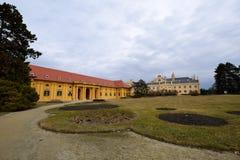 Lednice slott, tjeckisk republik Royaltyfri Bild