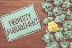 Ledning för egenskap för handskrifttexthandstil Begreppsbetydelsekontroll av Real Estate bevarade värde av lättheten royaltyfri bild