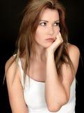 Ledsen olycklig fundersam ung kvinna Royaltyfri Fotografi