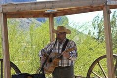 Lee Alexander Show à la ville fantôme de terrain aurifère, Arizona Images libres de droits