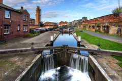 Leeds Liverpool Canal. Passing through Leeds town, UK Stock Photos