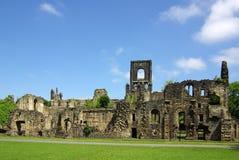 LEEDS YORKSHIRE, UK - Juni 6, 2013: Kirkstall abbotskloster Fotografering för Bildbyråer
