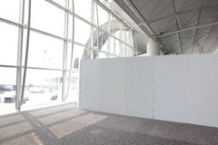 Leeg aanplakbord in luchthaven Royalty-vrije Stock Afbeelding