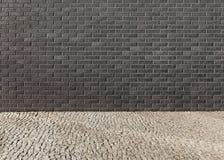 Leeg binnenland met een muur van een donkere baksteen met een patroon en Royalty-vrije Stock Fotografie