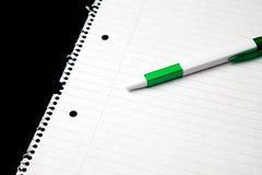 Leeg blad van document met pen royalty-vrije stock afbeelding