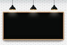 Leeg bord op witte bakstenen muurachtergrond met 3 het hangen l royalty-vrije illustratie
