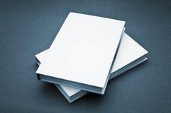 Leeg dekkings wit boek Royalty-vrije Stock Afbeelding