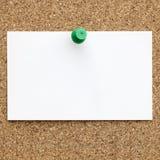 Leeg die Adreskaartje aan Cork Board wordt gespeld royalty-vrije stock fotografie