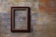 Leeg frame op houten achtergrond stock fotografie