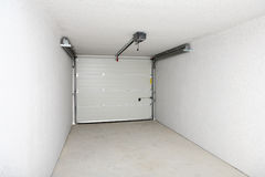 Leeg garage of pakhuis Royalty-vrije Stock Foto's