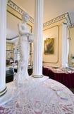 Leeg glazen en standbeeld Stock Afbeeldingen