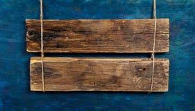 Leeg houten uithangbord Stock Fotografie