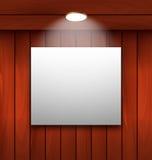 Leeg kader op houten verlichte muurlamp Royalty-vrije Stock Afbeeldingen