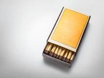 Leeg lucifersdoosje op witte achtergrond Royalty-vrije Stock Fotografie