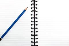 Leeg notitieboekje met potlood, bedrijfsconcept Royalty-vrije Stock Afbeeldingen