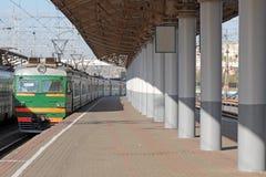Leeg platform Stock Foto's