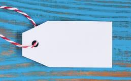 Leeg prijskaartje op houten achtergrond Zwarte vrijdag, Cyber-maandag en Groot verkoopconcept Royalty-vrije Stock Afbeeldingen