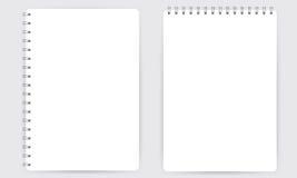 Leeg realistisch spiraalvormig die blocnotenotitieboekje op witte vector wordt geïsoleerd stock illustratie