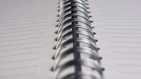 Leeg spiraalvormig notitieboekje stock afbeelding
