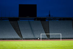 Leeg stadion en het doel royalty-vrije stock afbeelding