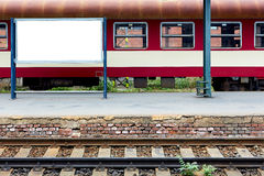 Leeg station met spoor en plaats voor bevordering Royalty-vrije Stock Foto
