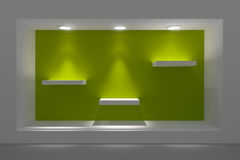 Leeg storefront of podium met verlichting en een groot venster Royalty-vrije Stock Foto's