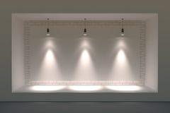 Leeg storefront of podium met verlichting en een groot venster royalty-vrije stock afbeelding